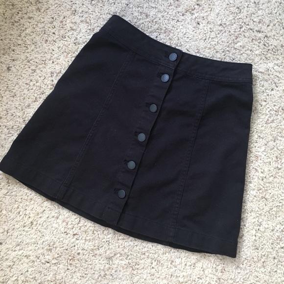 H&M Dresses & Skirts - Button Down Skirt